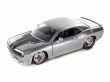 1:24 Dodge Challenger SRT8 2008