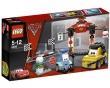 LEGO Cars 2 Parada en Boxes en Tokio